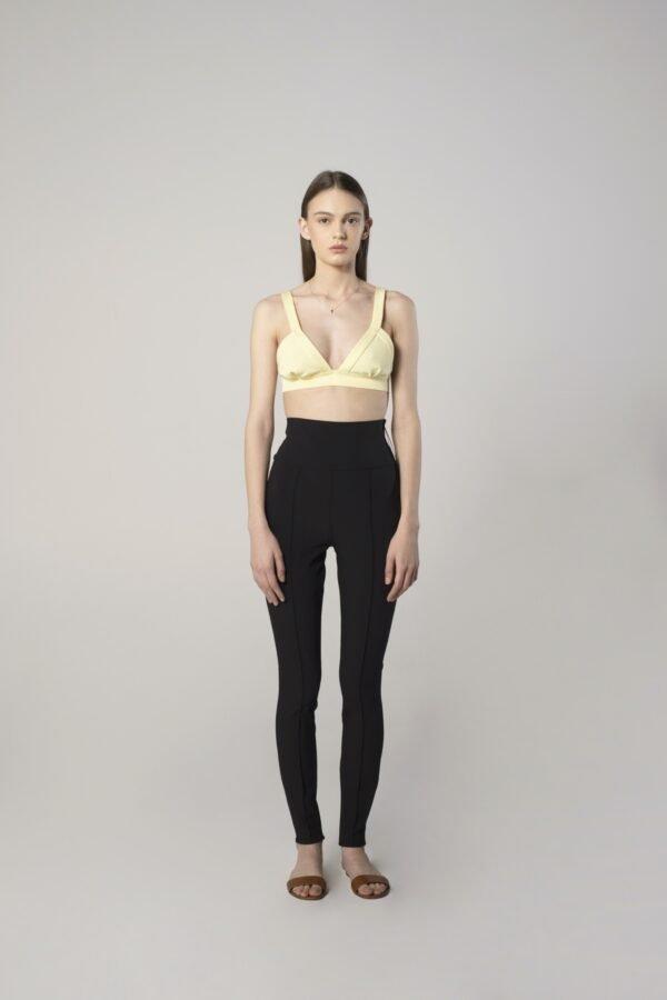 Black leggings