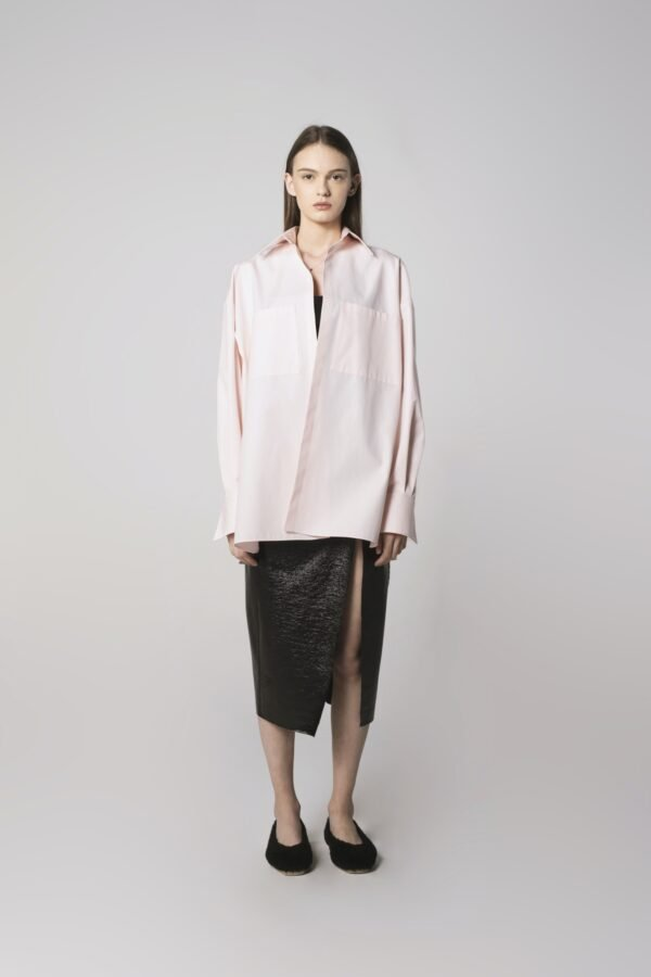 Classic Oversized Shirt in Baby Rose