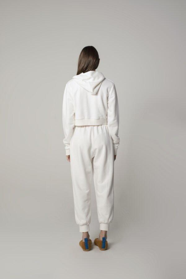 marija tarlac croped hodie in white 1